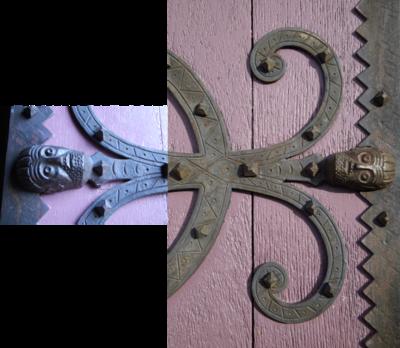 Detail-door-Saint-Saturnin.png