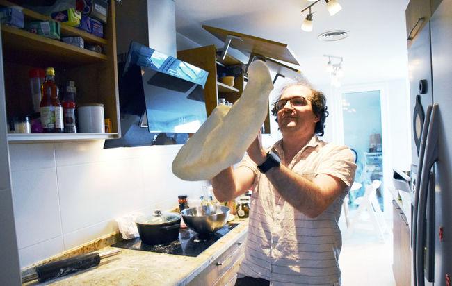 Making-pizza-4Apr20.jpg